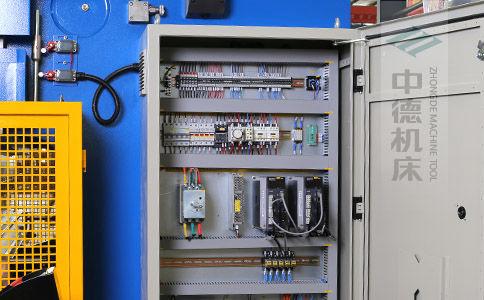 ZDPK-8025采用法国进口施耐德元气件,稳定耐用寿命长.jpg